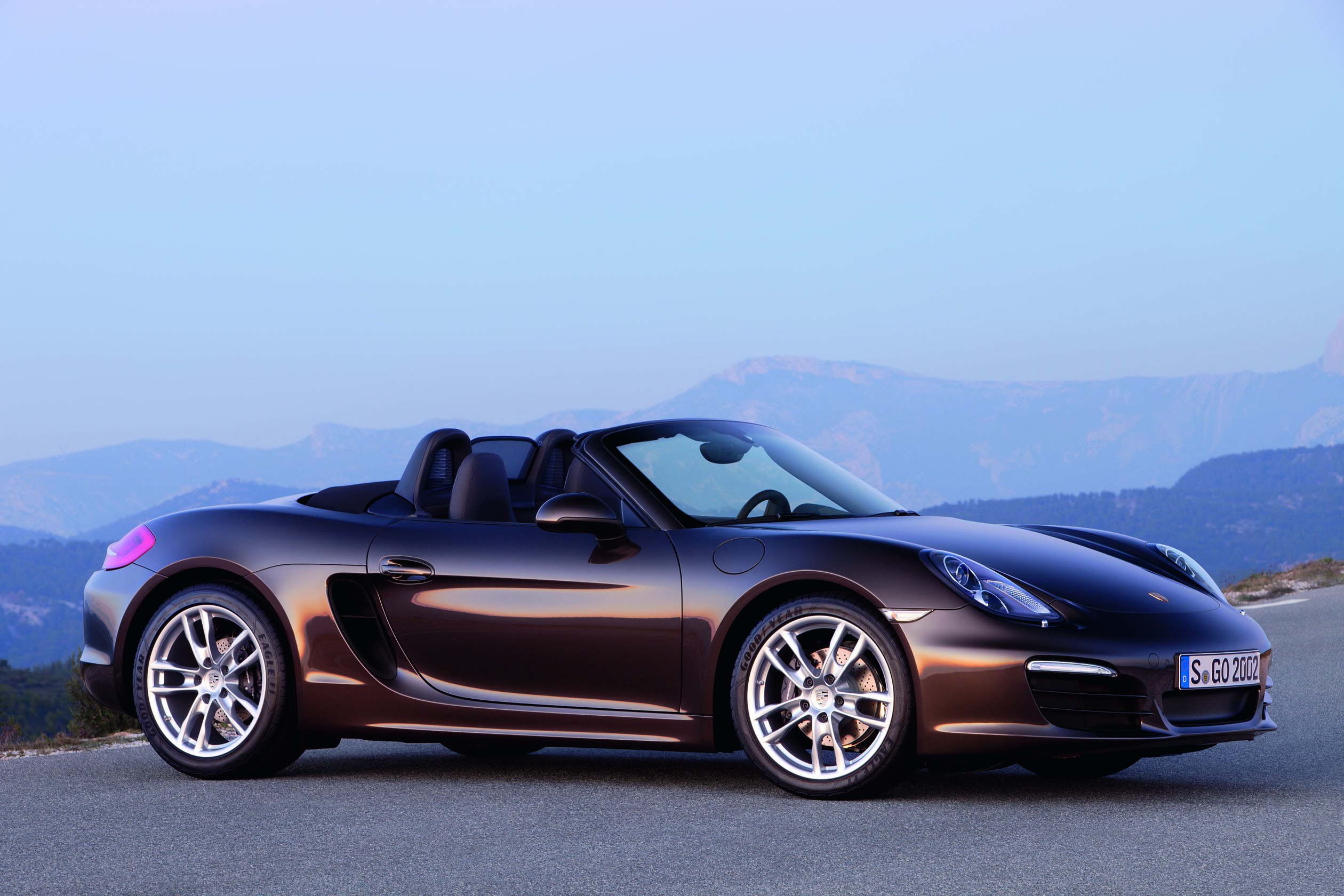 0000067060-13_Boxster_Side